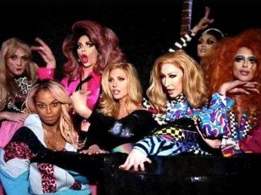 """7 drag queen cantano """"Big Spender"""" per Marc Jacobs – video"""