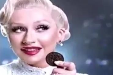Christina Aguilera nuovo volto OREO per l'Indonesia – lo spot
