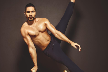 Louis Smith, il ginnasta britannico di nuovo nudo su Instagram