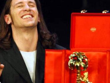 Sanremo 2017, la top10 delle migliori/peggiori trashate degli ultimi 30 anni – video