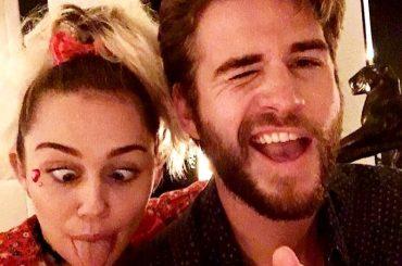 Miley Cyrus e Liam Hemsworth  hanno ufficialmente divorziato