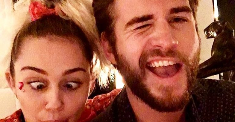 Miley Cyrus e la lontananza da Liam Hemsworth: 'facciamo tanto  cybersesso' – video