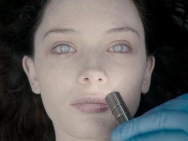Autopsy, trailer italiano e poster per l'horror acclamato da Stephen King e Gullermo Del Toro