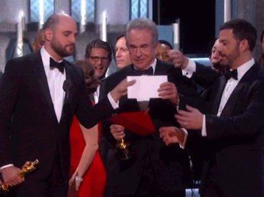 Oscar 2017, Moonlight miglior film a sorpresa dopo EPIC FAIL finale – tutti i vincitori