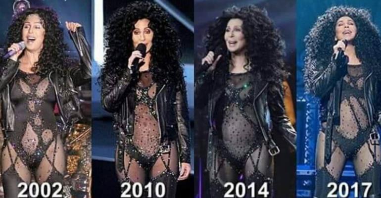 Cher, quasi 40 anni dentro lo stesso vestito – la foto verità