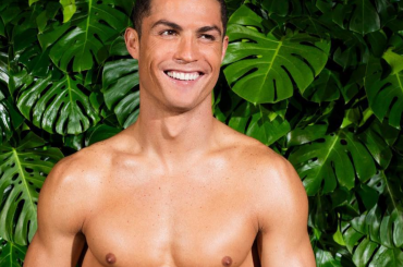 Cristiano Ronaldo in mutande, la nuova linea d'intimo del calciatore del Real Madrid