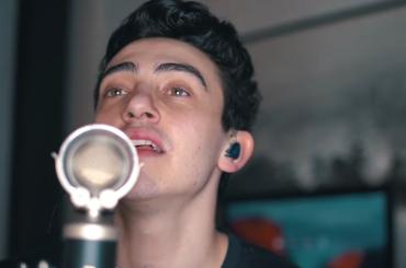Michele Bravi canta le canzoni di Sanremo 2017 – video