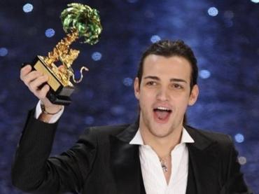 Valerio Scanu e il ricordo su Instagram: '7 anni fa vinsi Sanremo' – video