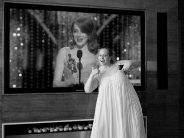Oscar 2017, Adele struccata festeggia su Instagram il trionfo di Emma Stone – foto
