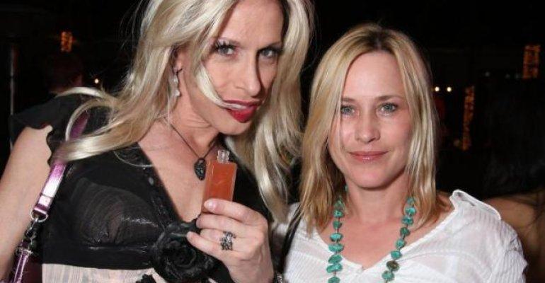 Patricia Arquette contro gli Oscar: 'si sono dimenticati di omaggiare mia sorella Alexis, è discriminazione trans'