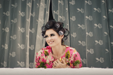 Sophie Ellis-Bextor, Death Of Love nuovo singolo – video ufficiale