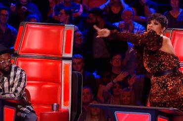The Voice Uk, Jennifer Hudson impazzisce e canta durante la pubblicità – il video
