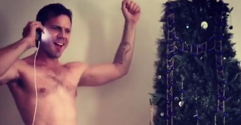 Jake Shears balla in mutande su Instagram – video