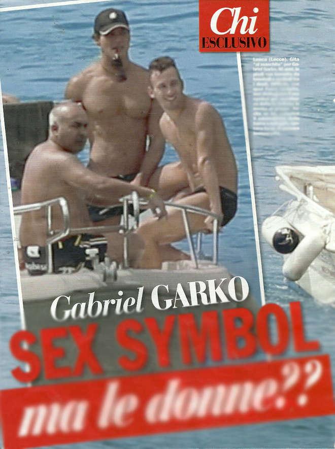 gabriel-garko-mare-barca-costume
