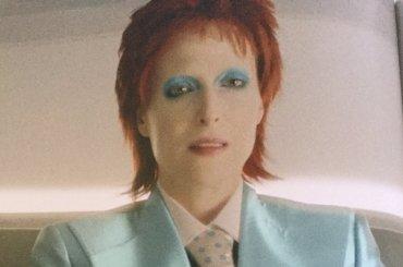 American Gods, Gillian Anderson diventa David Bowie e Marilyn Monroe – foto