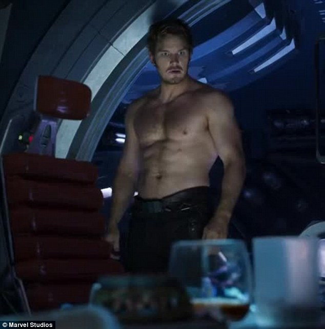 3CE22FF200000578-4194546-Chris_Pratt_who_leads_the_cast_as_Star_Lord_can_briefly_be_seen_-m-61_1486344033044