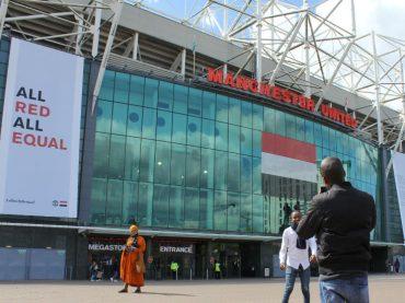 All Red All Equal, il Manchester United dedica la partita contro lo Swansea all'uguaglianza LGBT