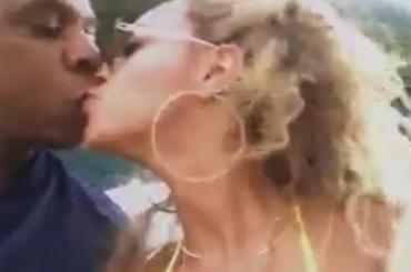Beyoncé, pazzesca Die With You studio version per i 9 anni di matrimonio con Jay-Z – video