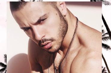 Giuseppe Giofrè bagnato e in mutande per Marco Ovando – foto