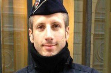 Parigi, il poliziotto ucciso sugli Champs-Elysees era un attivista LGBT