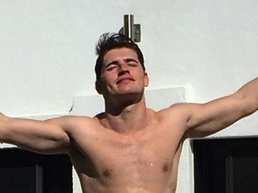 Gregg Sulkin, 25 anni con fisichetto Instagram – foto