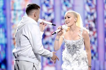 The Voice Usa,  Gwen Stefani canta FIX YOU dei Coldplay – video
