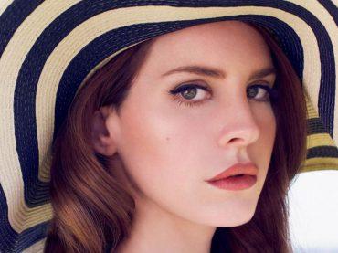 """""""Cherry"""", Lana Del Rey live con un inedito – video"""
