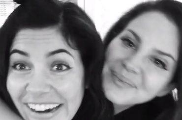 Lana Del Rey e Marina and the Diamonds adorabili amiche su Instagram – foto e video, arriva il duetto?