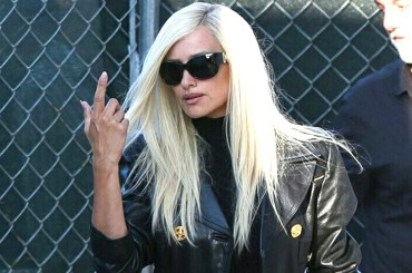 "Penélope Cruz è Donatella Versace sul set di  ""American Crime Story"" – foto"