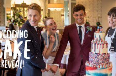 Tom Daley sposo, ecco il momento in cui Dustin Lance Black ha visto per la prima volta la torta di nozze – video