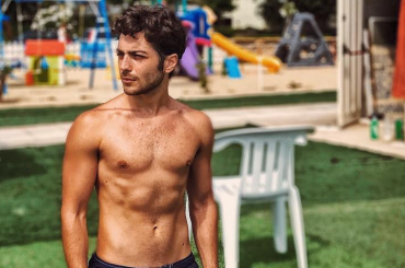 Gianluca Ginoble de Il Volo in costume su Instagram (con pacco), foto