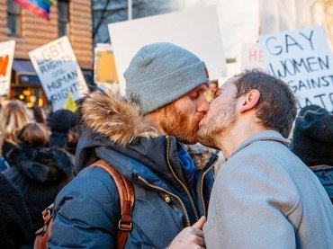 Google dona 1 milione di dollari per preservare i ricordi dei moti di Stonewall