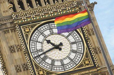 Londra, quasi la metà dei gay vittima di omofobia negli ultimi 12 mesi – il sondaggio choc