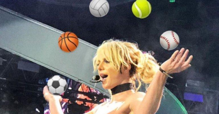 Britney Spears, il concerto di Manila con le emoticon giuste – foto