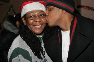 Jay-Z a sorpresa nel nuovo album: 'mia mamma è lesbica'