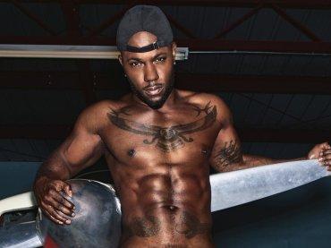 Paper Magazine, full frontal XXL per l'hip-hop star gay Milan Christopher – foto vietate ai minori