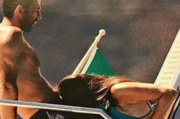 Gigi Buffon e Ilaria d'Amico, pose bollenti in barca – la foto