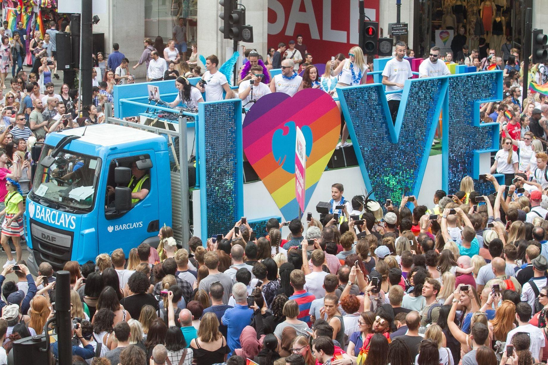 London Pride, un milione e mezzo di persone per i ...
