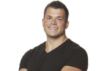 Big Brother Usa, il bodybuilder Mark Jansen  chiappe al vento – le gif