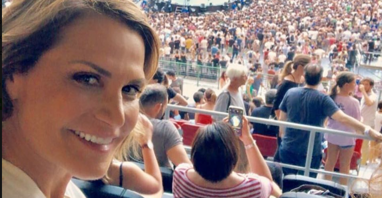 Simona Ventura canta i COLDPLAY – video
