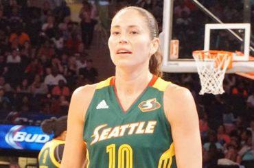 Sue Bird, la cestista statunitense fa coming out e rivela: 'sto con la calciatrice Megan Rapinoe'