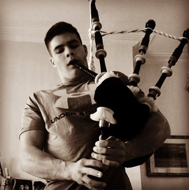 arthur-chatto-instagram-playing-bagpipes-a