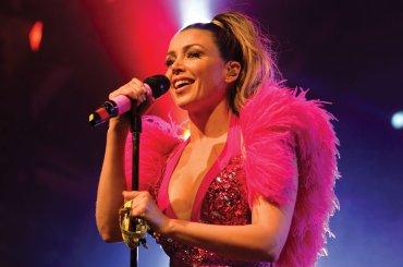 Holding On, ecco il nuovo singolo di Dannii Minogue – audio