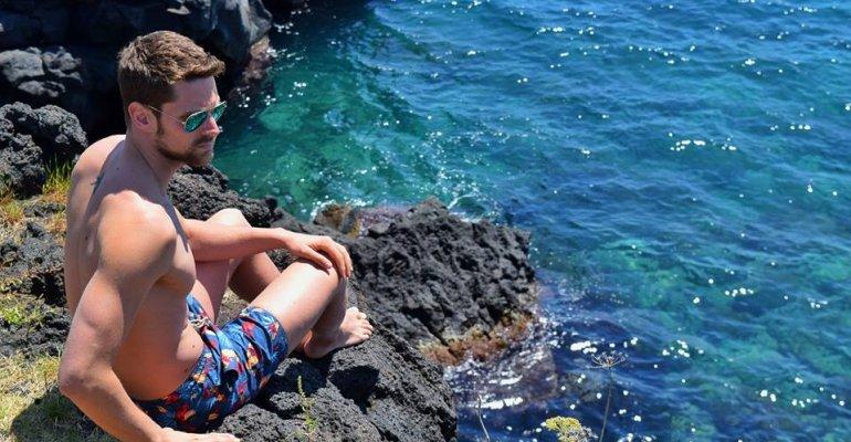 Luca Dotto, il nuotatore azzurro pazzesco in costume – foto