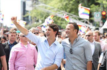 Montreal Pride, Justin Trudeau  sfila con il premier (gay) d'Irlanda  Leo Varadkar – le foto