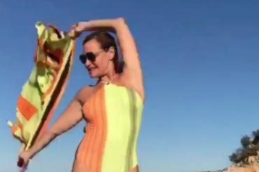 Simona Ventura balla Madonna su Instagram, il video