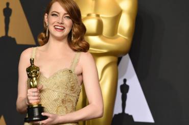 Emma Stone attrice più pagata degli ultimi 12 mesi – la Top10 Forbes