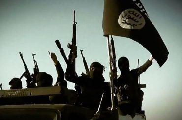 ISIS, le immagini choc dell'ennesima esecuzione omofoba – foto