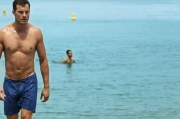 Cinquanta Sfumature di Rosso, Jamie Dorman in costume nel primo trailer (con poster)