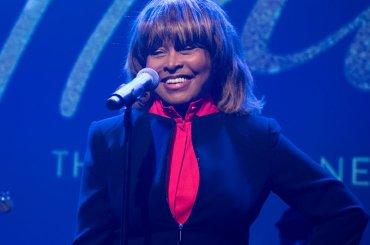 Tina, Tina Turner canta live alla presentazione del suo musical – video